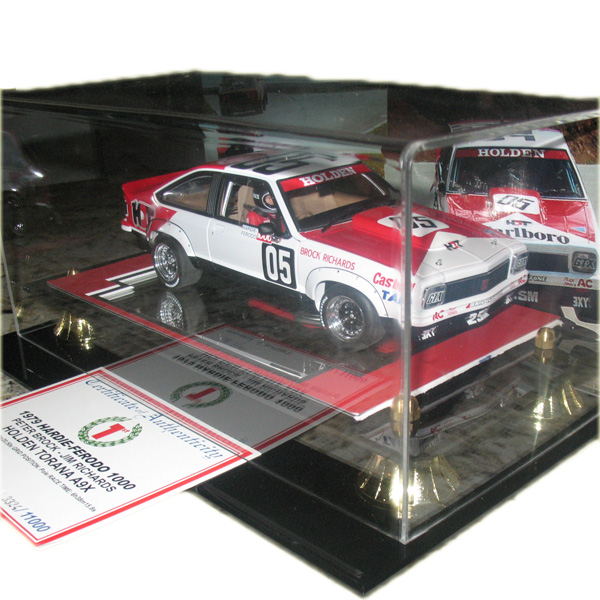 peter-brock-a9x-1-18-scale-model-with-signed-coa-002