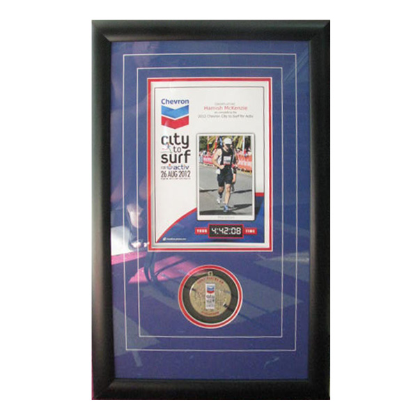 city-2-surf-with-medal-002