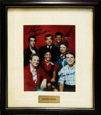 happy-days-photo-signed-by-cast-1348390804-jpg