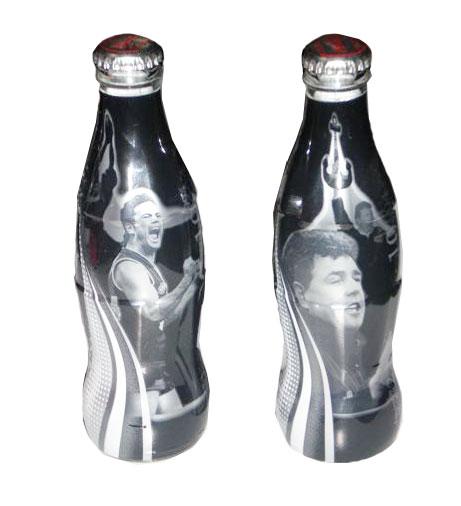mem18-coke-2004-dockers-set-of-2-ltd-etd-250ml-souvenir-bottles-jpg
